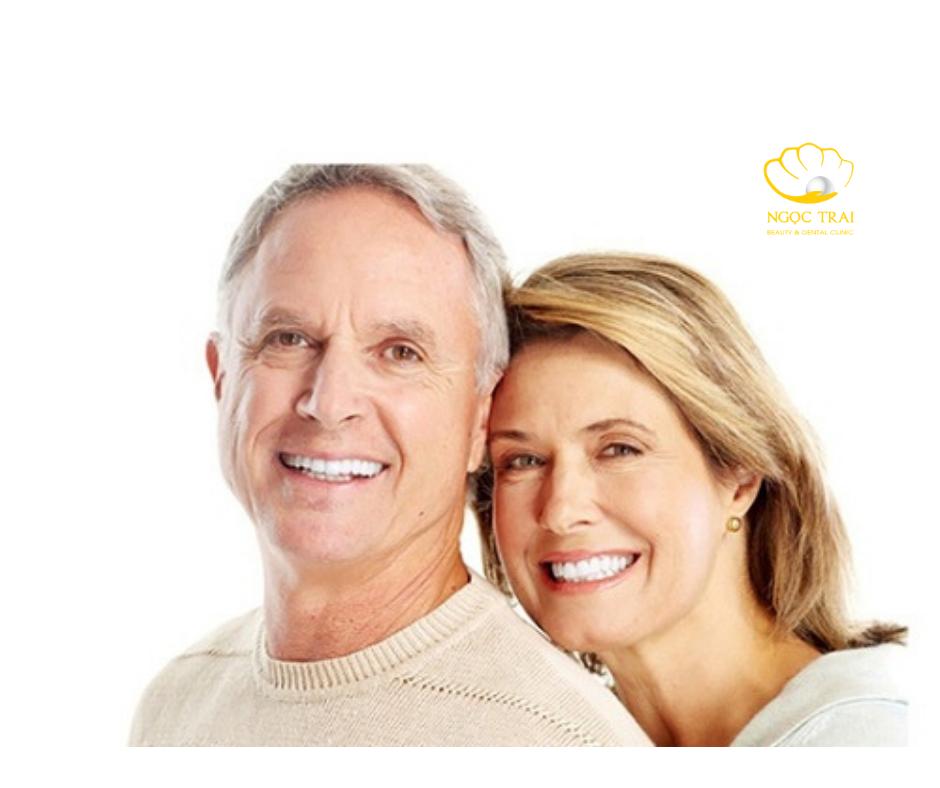 Cách Chăm Sóc Răng Miệng Đúng Cách Cho Người Cao Tuổi