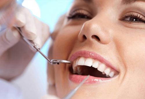 Ưu Điểm Cửa Trồng Răng Implant