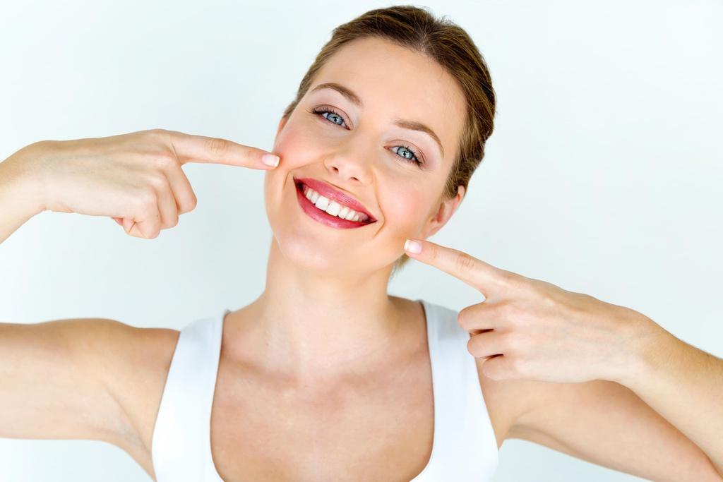 Cách Làm Trắng Sáng Răng Trong Thời Gian Nhanh Nhất Tại Nhà – Bạn Nên Biết?